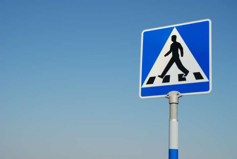 Znak przejście dla pieszych w Szwecji