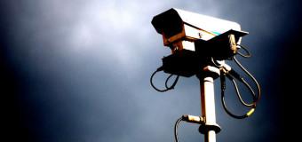 Uważaj na feriach. Austriackie fotoradary wyłapią brak pasów i telefon w ręku