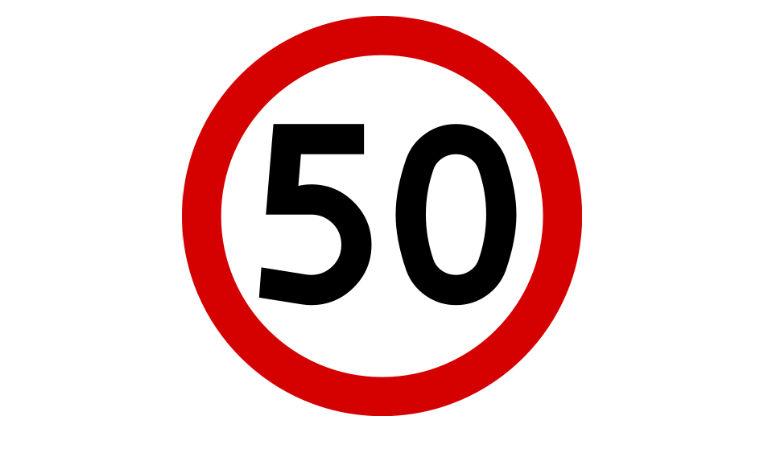 Znak B-33 ograniczenie prędkości do 50 km/h