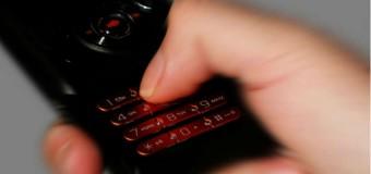 Rząd rozważa automatyczne blokowanie telefonów komórkowych w jadących autach