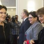 Premier Ewa Kopacz i minister Maria Wasiak. Fot. KPRM