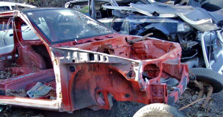 Wrak samochodu. Fot. rgbstock.com
