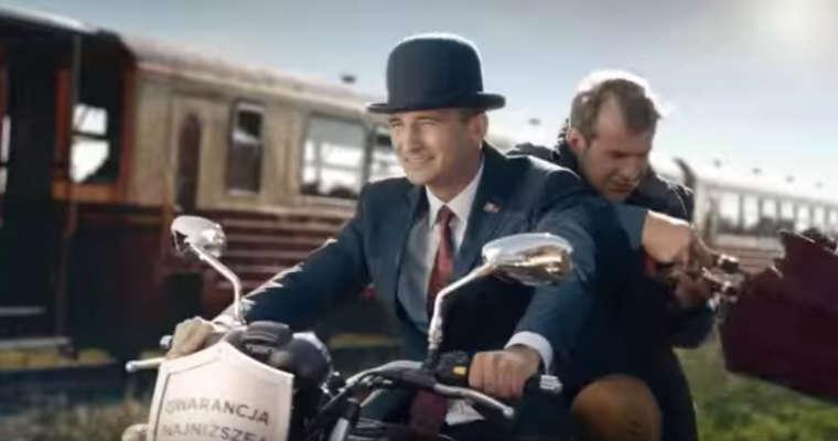 """Kadr z reklamy """"Pociąg"""" Alior Bank. Źródło: YouTube"""