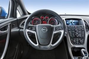 Opel-Astra-OPC-275469