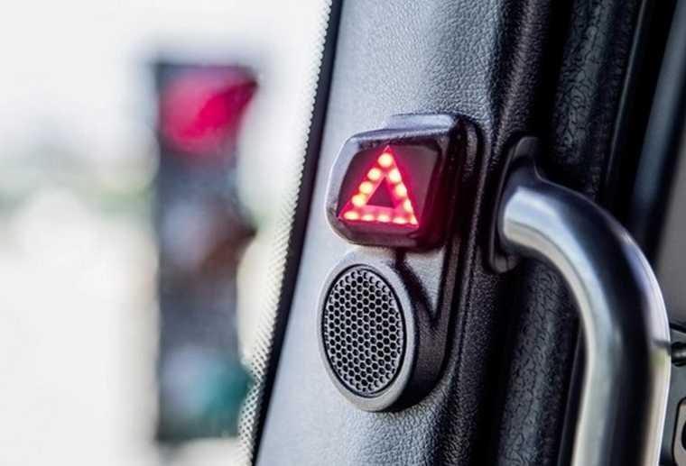 Asystent skrętu w ciężarówkach Mercedes-Benz, fot. Daimler AG