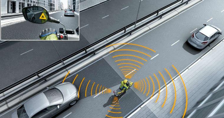 Elektroniczny asystent zmiany pasa dla motocykli firmy Bosch. Fot. Bosch
