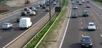Brytyjczycy zmazują linie z dróg. Przekonują: tak jest bezpieczniej