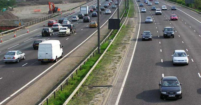 Droga M25 w Wielkiej Brytanii. Fot. Wikipedia