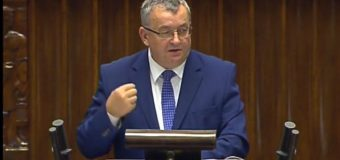 Minister Andrzej Adamczyk o potrzebie nowej opłaty w paliwie na Fundusz Dróg Samorządowych