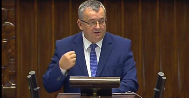 Andrzej Adamczyk, minister infrastruktury i budownictwa w Sejmie. Fot. sejm.gov.pl