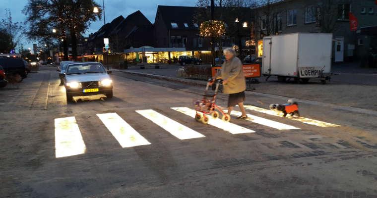 Podświetlane przejście dla pieszych w holenderskim mieście Eerbeek. Źródło: Lighted Zebra Crossing B.V.
