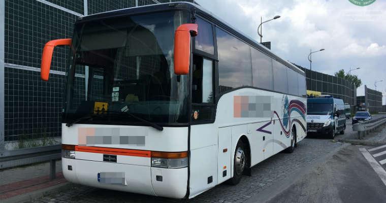 Autobus podczas kontroli ITD Fot. GITD