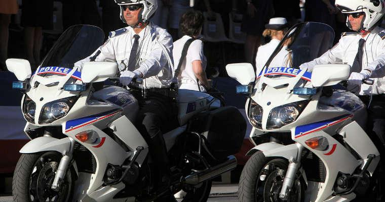 Policjanci we Francji. Fot. Rama/CC BY SA 2.0