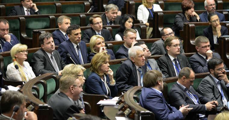 Posłowie ruchu Kukiz'15 w Sejmie. Fot. Adrian Grycuk/CC-BY-SA 3.0