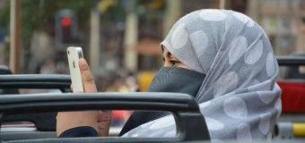 Zakaz jazdy w burce i miesiąc bez prawa jazdy za pisanie esemesów