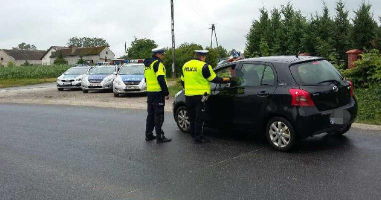 """Poranna akcja """"trzeźwy kierujący"""" prowadzona przez policję z Wąbrzeźna. Źródło: policja.pl"""