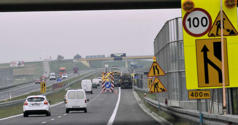 Prace drogowe na drodze ekspresowej. Źródło: GDDKiA