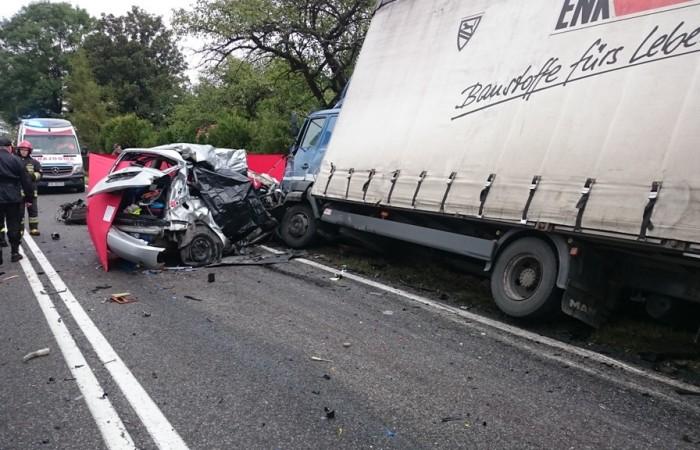 Wypadek w Lipniku. Fot. KP PSP Pińczów
