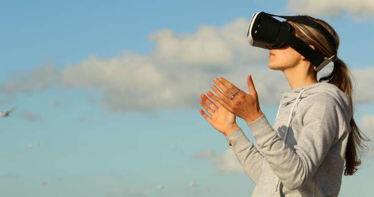 VR dziewczyna Fot. pexels/CC0