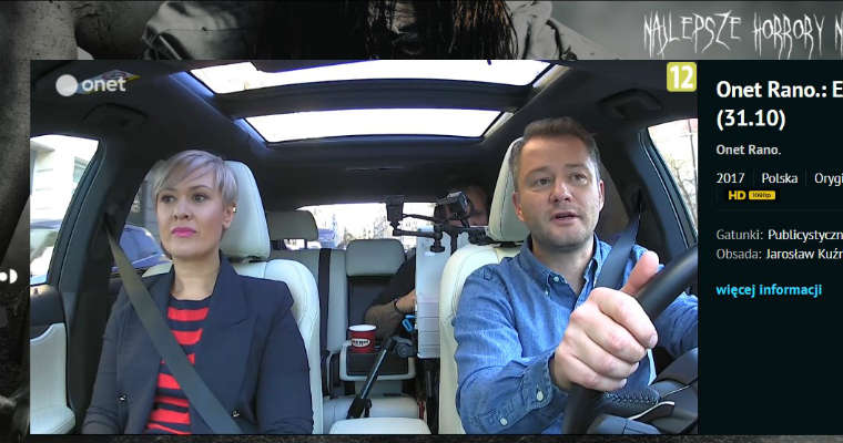 W programie Onet Rano nadawanym na żywo prowadzący zarówno prowadzi auto jak i przeprowadza wywiad, zapowiada bieżące informacje, podaje prognozę pogody