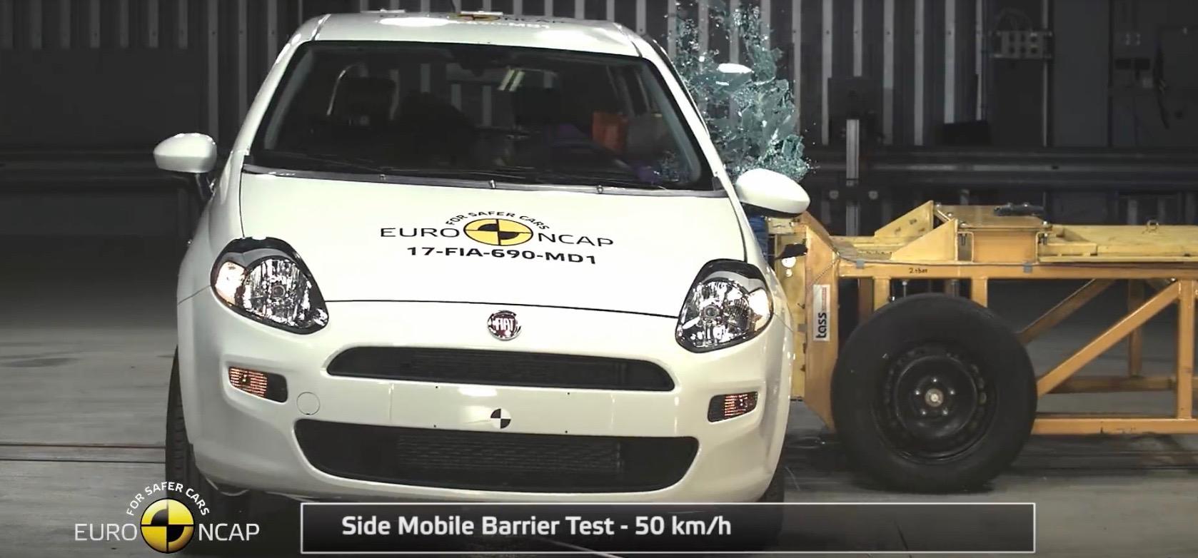 Fiat Punto otrzymał w teście Euro NCAP zero gwiazdek. Zrodlo: YouTube