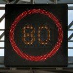 Europa Zachodnia obniża dozwoloną prędkość na drogach lokalnych do 80 hm/h. Od lipca limit będzie obowiązywał we Francji, ale wprowadziły go już m.in. Irlandia, Szwajcaria czy Holandia. Fot. CCo