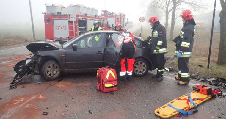 Wypadek w miejscowości Koszarówka (Podlaskie). Źródło: KG PSP