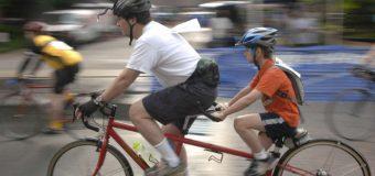 Czy rowerzystom warto zakładać kask? Czesi zbadali ofiary śmiertelne wypadków. Wnioski?