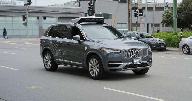 Autonomiczny samochód Volvo, którymi Uber prowadzi testy w USA. Fot. Dlli/CC ASA 4.0