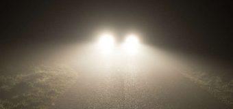 Mroczny aspekt nowoczesnych świateł samochodowych. Większość kierowców oślepionych