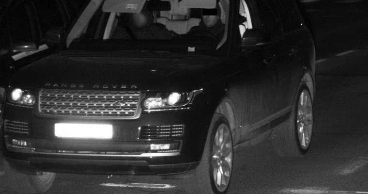 Warszawski fotoradar przyłapał na przekraczaniu prędkości kierowcę jadącego skradzionym range roverem. Fot. Policja