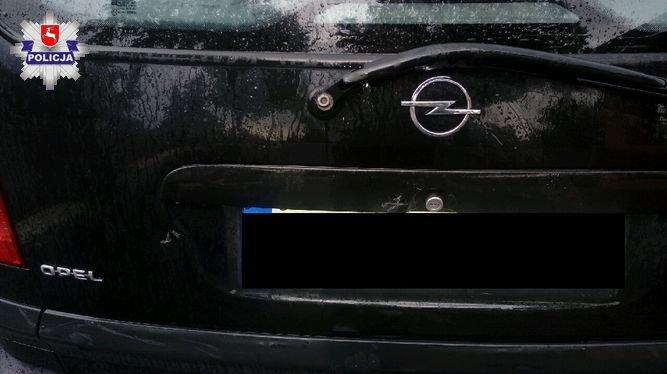 14-latek wjechał w zaparkowany samochód w miejscowości Uhnin (Lubelskie). Fot. Policja
