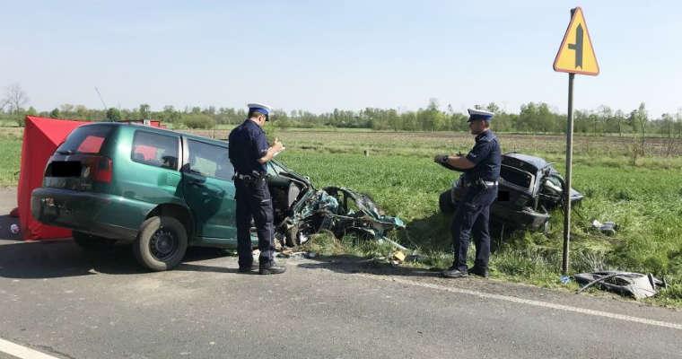 Śmiertelny wypadek w miejscowości Ameryczka (Kujawsko-Pomorskie) spowodowany przez kierowcę BMW. Fot. KWP Bydgoszcz