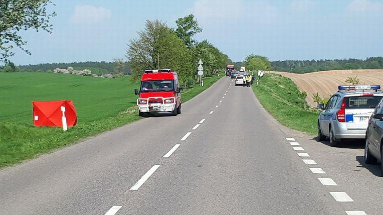 Kierowca śmiertelnie potrącił pieszą w miejscowości Wlewsk. fot. KWP Olsztyn