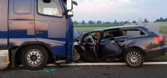 Wypadek na S3. Miał zakaz prowadzenia pojazdów, a jechał pijany i to pod prąd