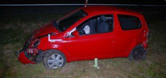 Wypadła z samochodu po wypadku, bo nie zapięła pasów bezpieczeństwa
