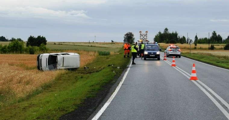 Wypadek busa w Zarajcu. Fot. policja