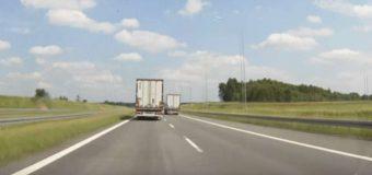 """Ciężarówki blokujące pasy na autostradzie? Wielkopolska policja mówi: """"Dość!"""""""