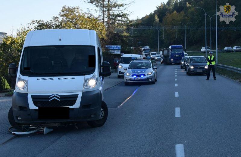 Wypadek z rowerzystką w Rumii. Fot. Policja