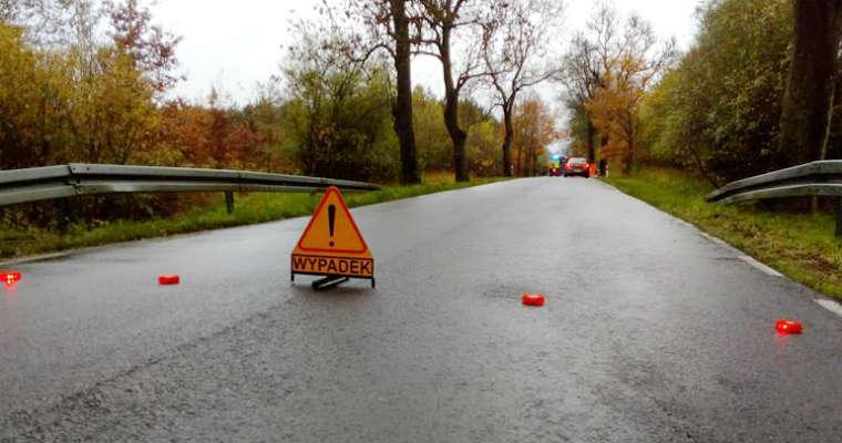 Miejsce wypadku na drodze. Fot. Policja