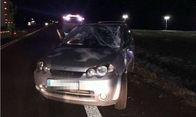 Samochód zniszczony po kolizji w miejscowości Pełczyn. Fot. Policja