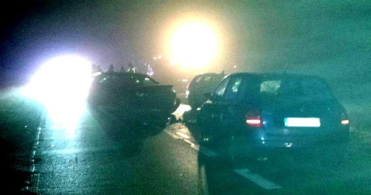 Kozłowo. Potrącenie policjanta pracującego na miejscu wypadku. Fot. Policja