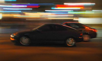 Szybka jazda w mieście. Fot. Chris Yarzab/CC BY 2.0