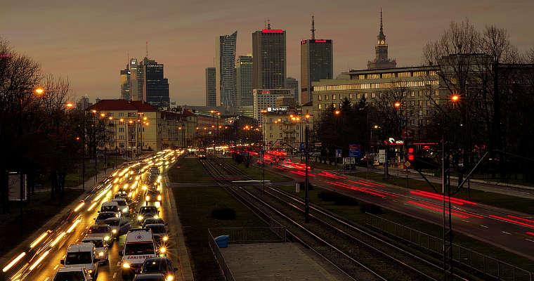 Warszawa nocą. Fot. CC0