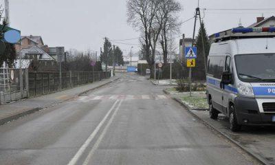 Przejście dla pieszych przy szkole podstawowej w Działdowie, na którym kierowca potrącił uczennicę Fot. Policja