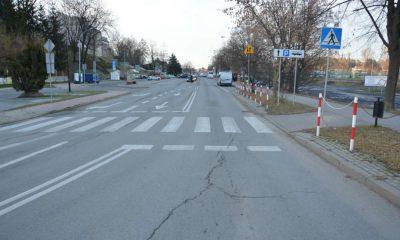 Na tym przejściu w Krośnie 19-letni kierowca potrącił 9-latkę. Dziewczynka została ranna. Fot. Policja