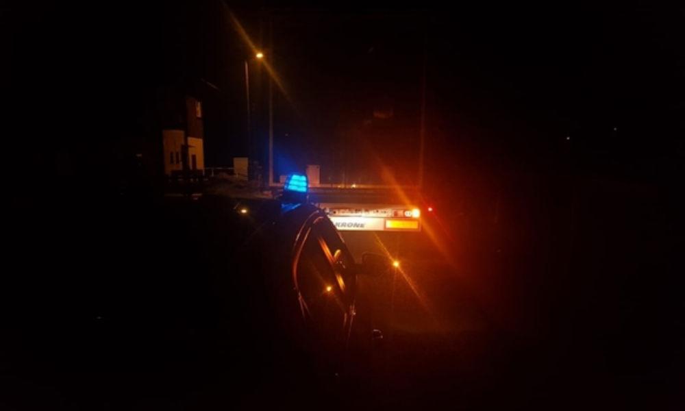 Kierowca ciężarówki jechał pod prąd na drodze wojewódzkiej na Dolnym Śląsku. Fot. Policja