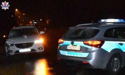 W Różańcu kierowca mazdy śmiertelnie potrącił 15-latkę idącą lewym poboczem. Fot. Policja