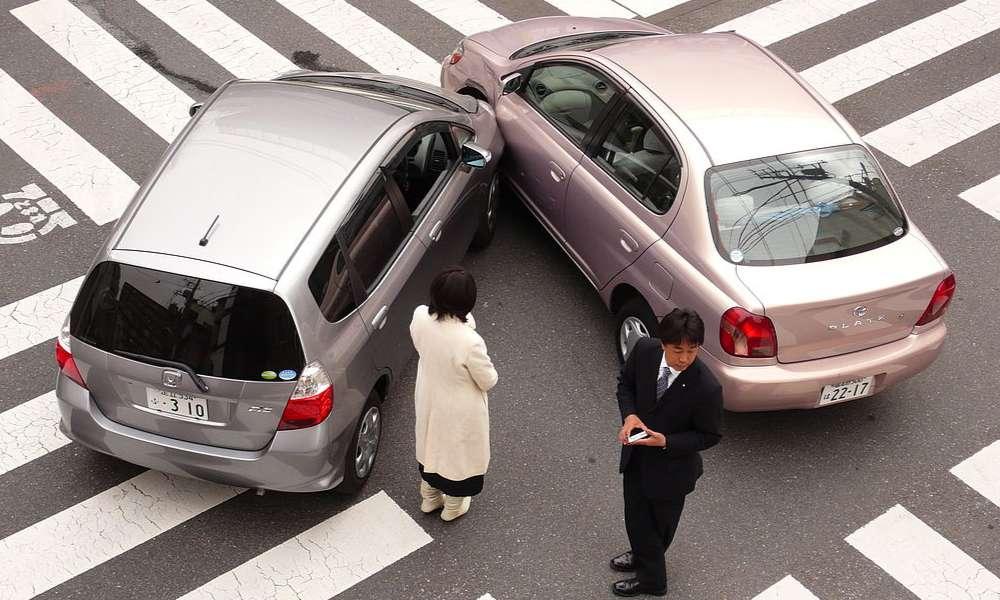 Kolizja drogowa. Fot. Wikipedia/CC BY-SA 2.0