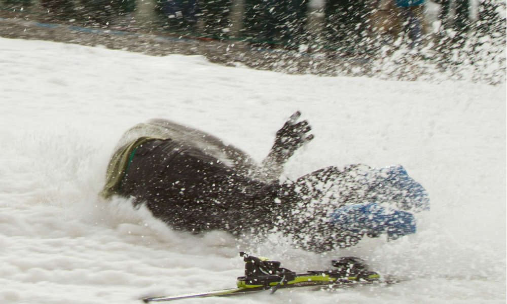 Wypadek na nartach Fot. mt2ri/Flickr/C BY-SA 2.0